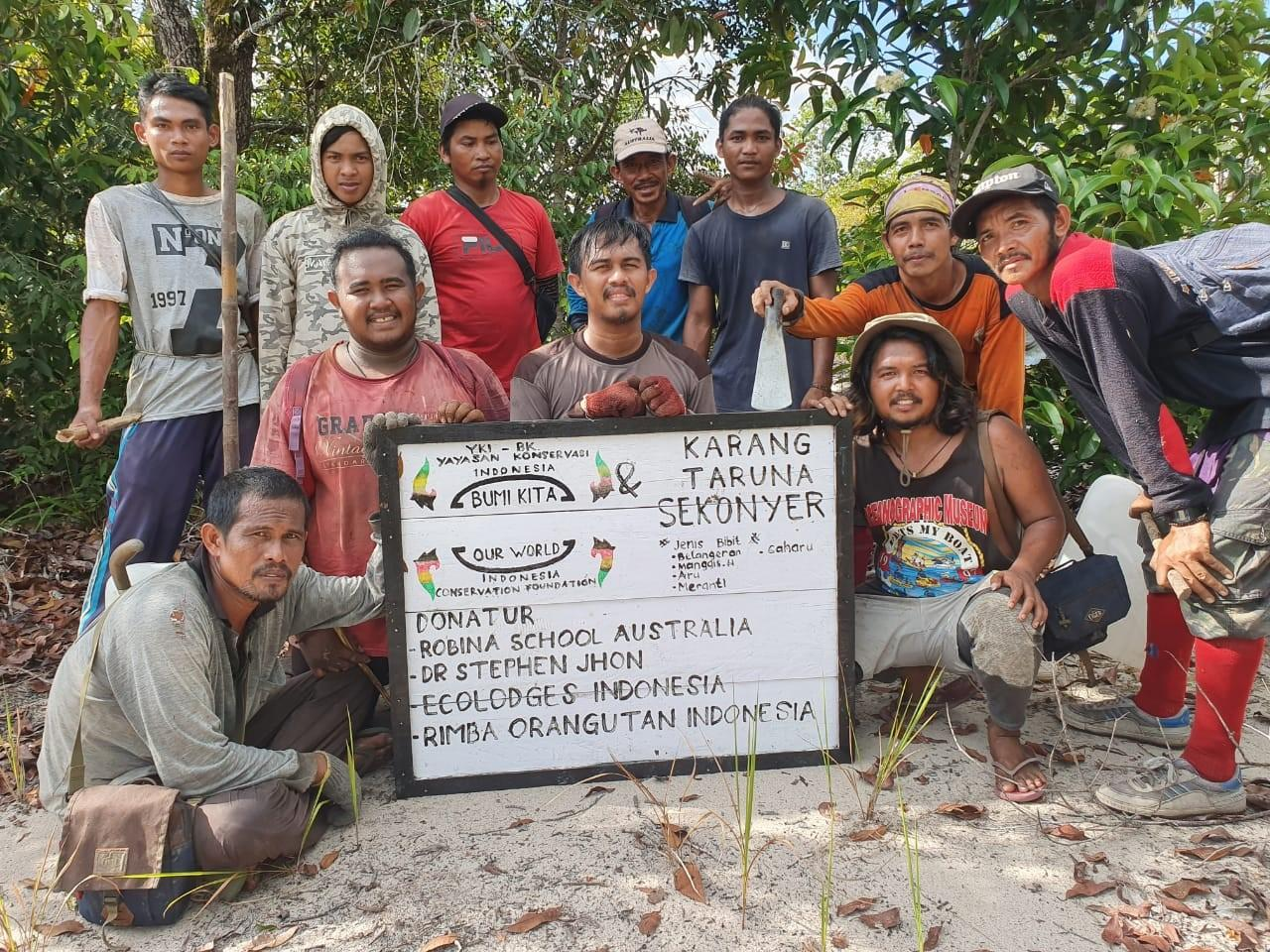 Our Rimba lodge staff employed for the first contract of the <br>INDONESIA CONSERVATION FOUNDATION funded by <br>Robina High School Australia and a supporter from Canada